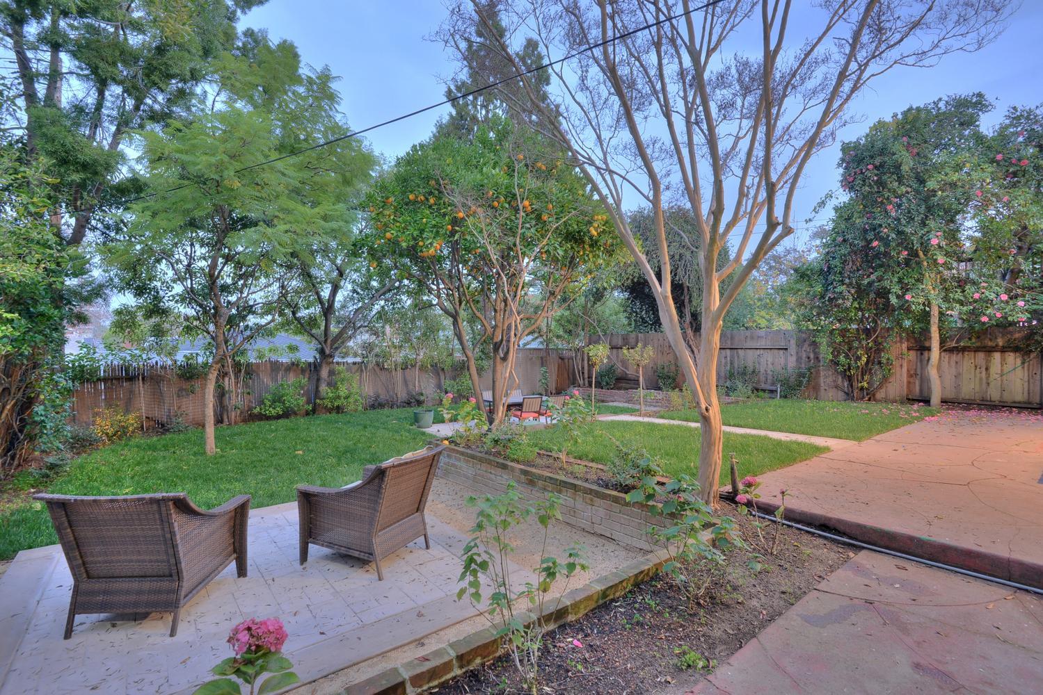 Lovely 285 Nevada St Redwood City CA Large 030 Backyard View 1500×1000 72dpi
